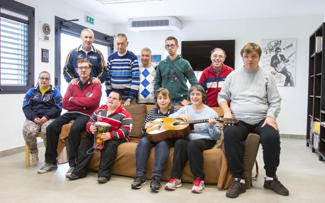 Comunità del Melograno in festa per la consegna del nuovo pulmino targato Lions Club Udine Host