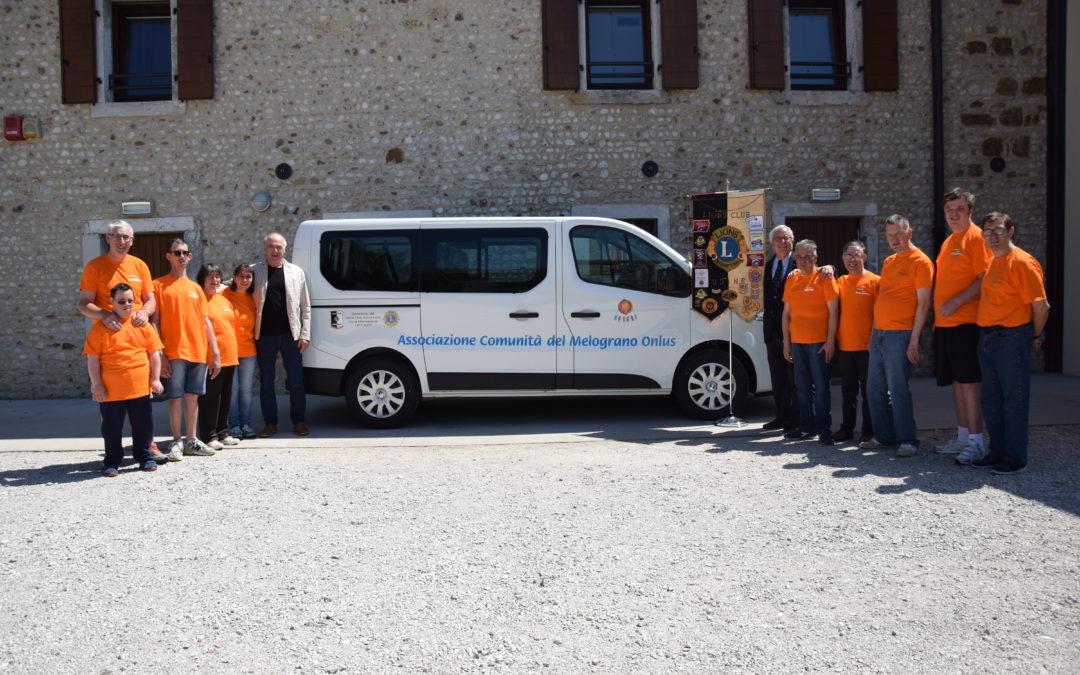 """Il Melograno continuerà a """"fare ancora tanta strada"""" grazie al nuovo pulmino targato Lions Club Udine Host"""